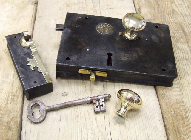carpenter lock set